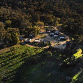 aerial shot of Glenrowan Tourist Park